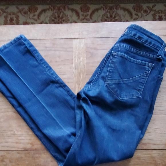 NYDJ Denim - NYDJ Lift Tuck Technology Blue Jeans - 6